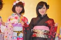 2014年のAKB48グループ 成人式記念撮影会に出席した<br>NMB48の渡辺美優紀(左)、山本彩
