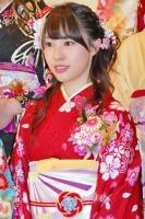 2014年のAKB48グループ 成人式記念撮影会に出席した<br> AKB48 チームB 藤江れいな