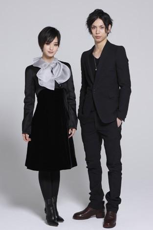 水嶋ヒロ&剛力彩芽 映画『黒執事』インタビュー(写真:逢坂 聡)<br>⇒