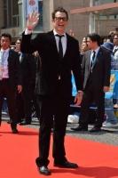 """第6回沖縄国際映画祭""""那覇会場・レッドカーペット""""フォトレポート!<br>⇒"""