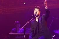 『2013 FNC KINGDOM IN JAPAN 〜Fantastic & Crazy〜』に出演したイ・ドンゴン