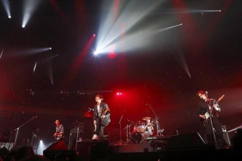 『2013 FNC KINGDOM IN JAPAN 〜Fantastic & Crazy〜』に出演したCNBLUE