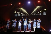 GOT7(左からマーク、ユギョム、Jr.、JB、ジャクソン、ヨンジェ、ベンベン)