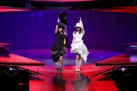 『AKB48グループ春コンinさいたまスーパーアリーナ〜思い出は全部ここに捨てていけ!〜』<br>SKE48単独公演の模様<br>「ヒグラシノコイ」を歌う(左から)東李苑、松井玲奈