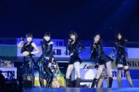 『AKB48グループ春コンinさいたまスーパーアリーナ〜思い出は全部ここに捨てていけ!〜』<br>HKT48単独公演の模様<br>「CAT'S EYE」