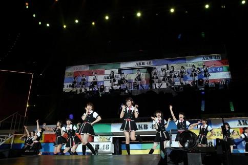 『AKB48グループ春コンinさいたまスーパーアリーナ〜思い出は全部ここに捨てていけ!〜』<br>NMB48単独公演の模様<br>「僕がもう少し大胆なら」
