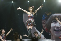 『リクエストアワーセットリストベスト200 2014』の模様<br>27位「上からマリコ」篠田麻里子