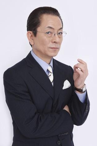 水谷豊&成宮寛貴 『相棒-劇場版III-』インタビュー<br>⇒