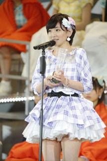 『第6回AKB48選抜総選挙』<br>14位 生駒里奈 乃木坂46(AKB48チームB兼任)<br>40,089票