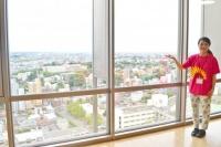名城大学のランドマーク「タワー75」は、最上階の展望台からの景色が絶景! ランチタイムのほか、夕方はカップルにも人気のスポット