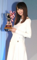 『ネイルクイーン』女優部門に選出された桐谷美玲