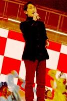 リハーサル初日、2番目に登場し、「東京五輪音頭」を歌い上げる福田こうへい