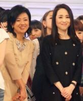 リハーサル2日目、1980年代に人気を誇ったアイドル・松田聖子と薬師丸ひろ子の2ショットが実現した出場者全員の顔合わせの様子