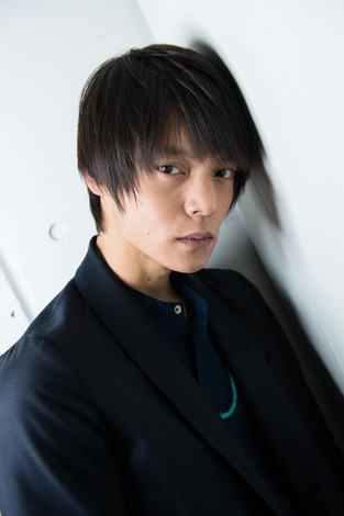 窪田正孝 『映画ST 赤と白の捜査ファイル』インタビュー(写真:鈴木一なり)