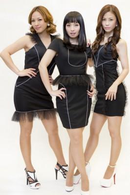 MAX(左から)LINA、MINA、NANA