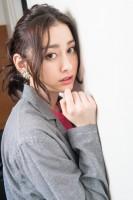 早見あかり 『Twenteen』インタビュー(写真:鈴木一なり)
