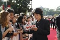 撮影地、北九州でのイベントに出席した羽住英一郎監督