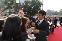 撮影地、北九州でのイベントに出席した西島秀俊