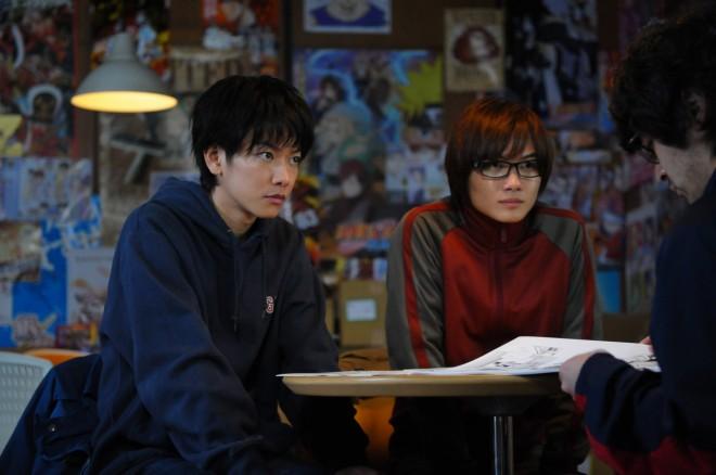 佐藤健と神木隆之介の『バクマン。』メイキングカット