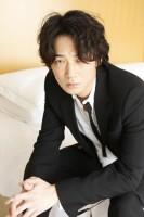 綾野剛 『新宿スワン』インタビュー(写真:逢坂 聡)