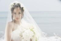 """1st写真集で""""天使すぎる""""花嫁姿を披露する橋本環奈"""