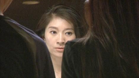 篠原涼子が出演する、トリンプ『天使のブラ 極上の谷間』の新CM「インビテーション」篇メイキングカット