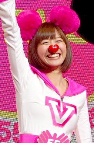 テレビ朝日の55周年応援隊ユニット『ゴーちゃん。GIRLS』として踊りを披露した、久冨慶子アナ (C)ORICON DD inc.