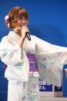 イトーヨーカドー「AAA 恋★浴衣」イベントに浴衣姿で登場したAAA(C)oricon ME inc.