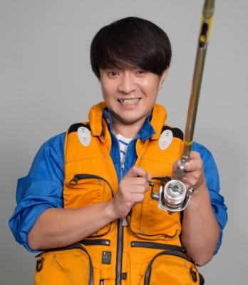 『釣りバカ日誌』で主人公の浜崎伝助を演じる濱田岳 (C)テレビ東京