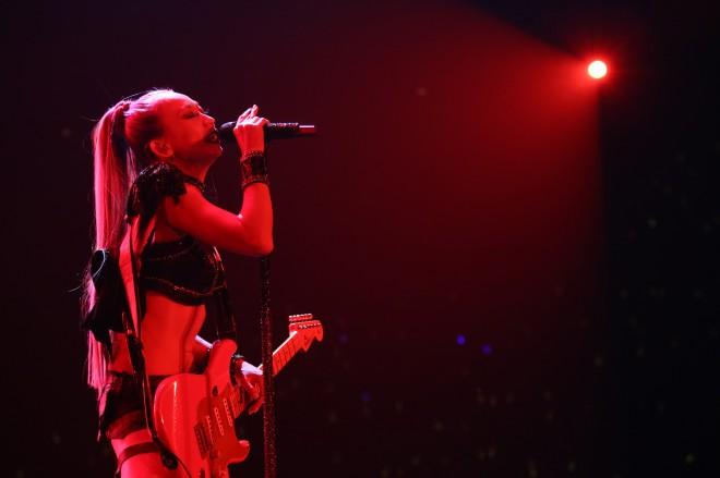 倖田來未の15周年ライブの様子