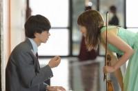 初めてふたりが一緒に演奏をするコンサートの本番直前のシーン