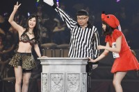 AKB48グループ『第6回じゃんけん大会』上西恵(NMB48 Team N)、藤江れいな(NMB48 Team M)