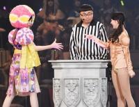 AKB48グループ『第6回じゃんけん大会』岩田華怜(AKB48 Team A)、伊豆田莉奈(AKB48 Team 4)