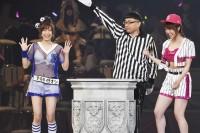 AKB48グループ『第6回じゃんけん大会』小嶋菜月(AKB48 Team A)、峯岸みなみ(AKB48 Team K)