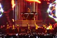 EXO(上段)チャンヨル(下段左から)ディオ、セフン、スホ、チェン、カイ、シウミン、ベクヒョン