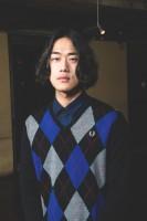 イム・ドンゴン(ベース)/写真:鈴木一なり