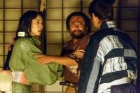 大河ドラマ『真田丸』第3回より。命からがら、妻・松のいる岩櫃城にたどり着いた小山田茂誠(高木渉)