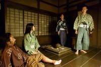 大河ドラマ『真田丸』第3回より。主君・武田勝頼を裏切ったことを真田信幸(大泉洋)は許さなかった