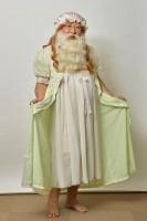 女装したダッフンヌ神父