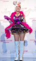 きゃりーぱみゅぱみゅを意識した衣装で登場した岡本夏生=『PRINCE DISCO 2013 in SUMMER』記者発表会 (C)ORICON NewS inc.