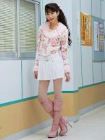 ドラマ『13歳のハローワーク』でバブルファッションに身を包む桐谷美玲