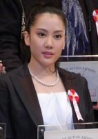 『ジャパンアクションアワード2015』表彰式に出席した山本千尋