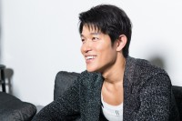 鈴木亮平 『HK/変態仮面 アブノーマル・クライシス』インタビュー(写真:鈴木一なり)