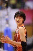 コートで凛々しい姿を見せる木村選手(フォト&エッセイ『Saori』より/JVA承認2011-11-003)【収録カット】
