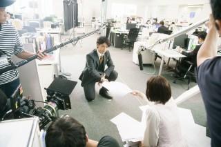 綾瀬と斎藤の撮影現場の様子