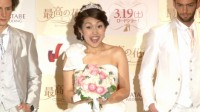 映画『最高の花婿』のトーク試写会にウエディングドレス姿で登場した横澤夏子  (C)ORICON NewS inc.