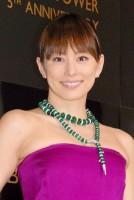 『イタリア至高の輝き展』のプレビューパーティーに来場した米倉涼子 (C)ORICON DD inc.