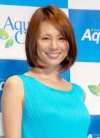 アクアクララ新製品『アクアトラスト』CM発表会に出席した米倉涼子 (C)ORICON NewS inc.