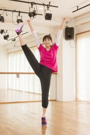 チアダンス特訓に励む広瀬すず