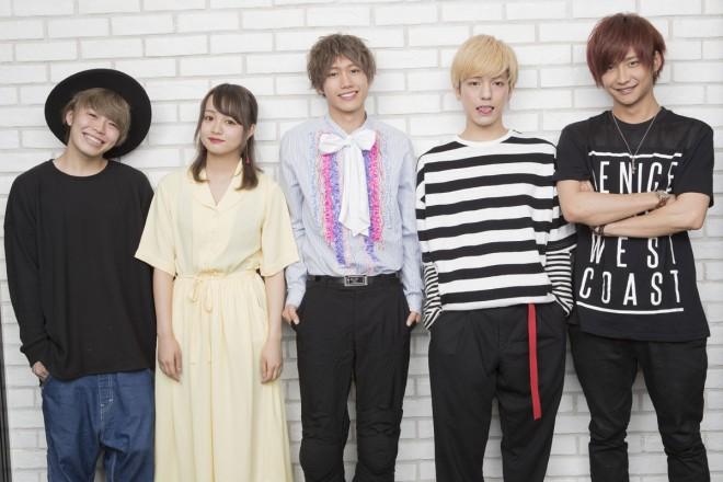 左から、ほりえりく、SAKURA、志村禎雄、こんどうようぢ、時人